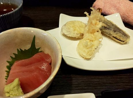 天ぷらとお刺身