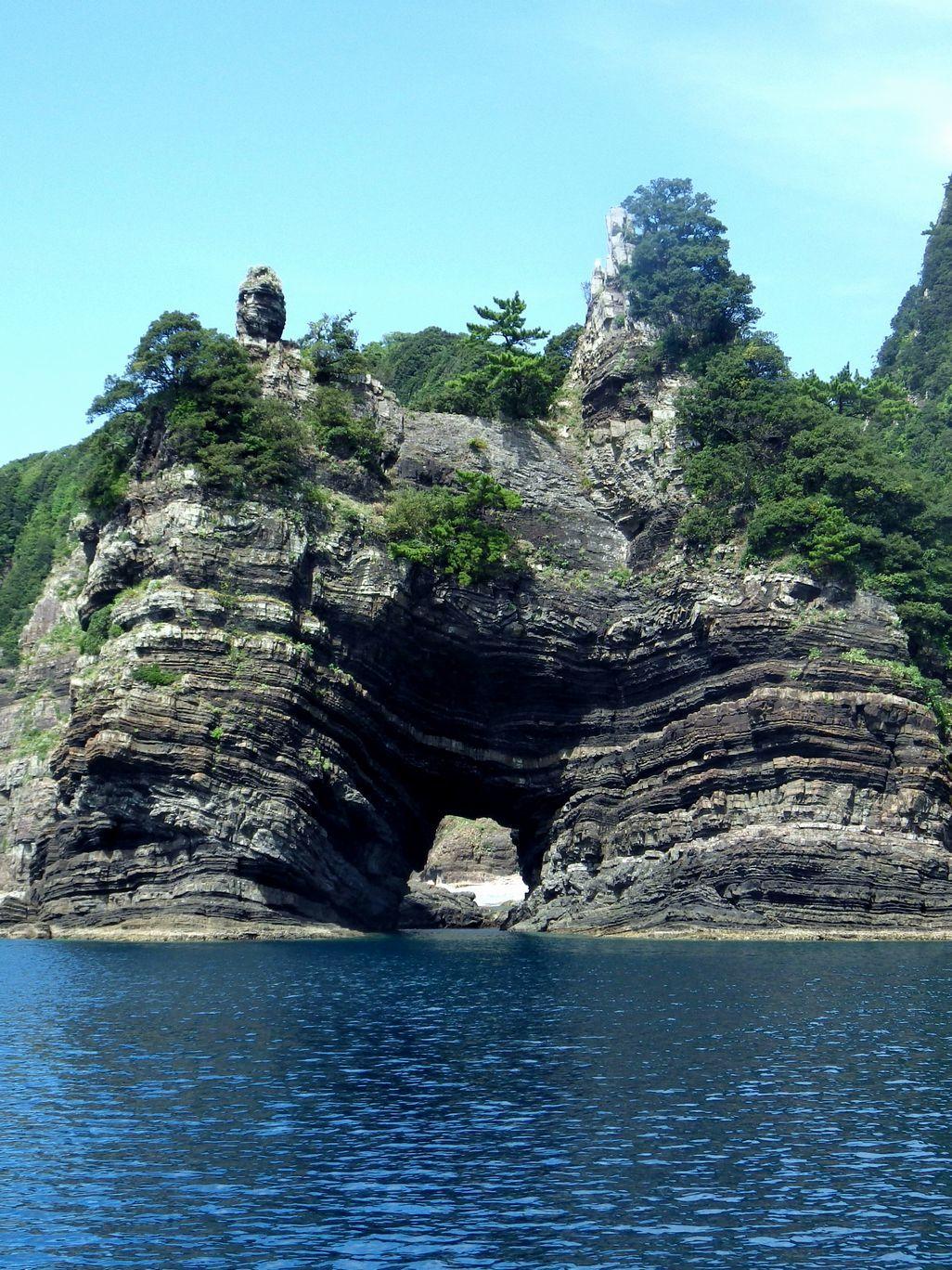 ②仏頭の様な奇岩