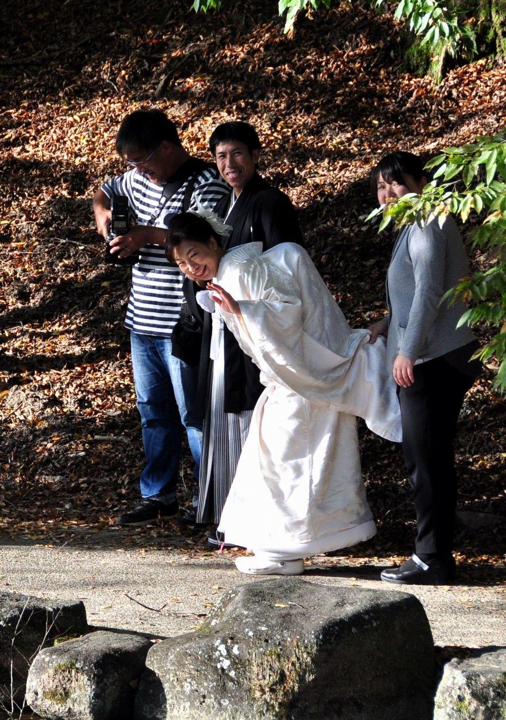 「白無垢の花嫁さん」奈良市浮御堂