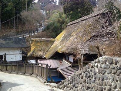 茅葺き屋根1_武蔵御嶽神社