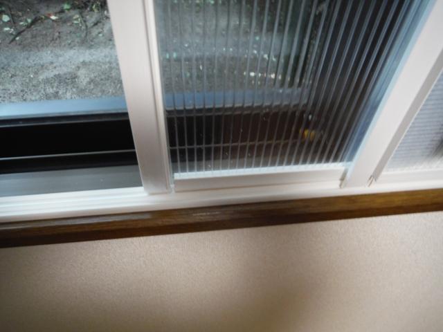 簡易二重窓下部