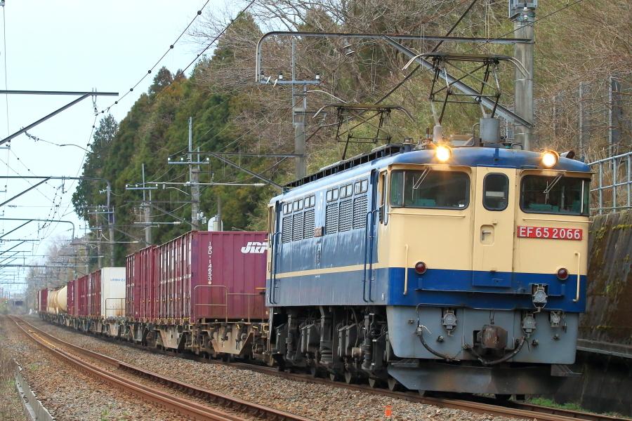 900-EF65-200313E2.jpg